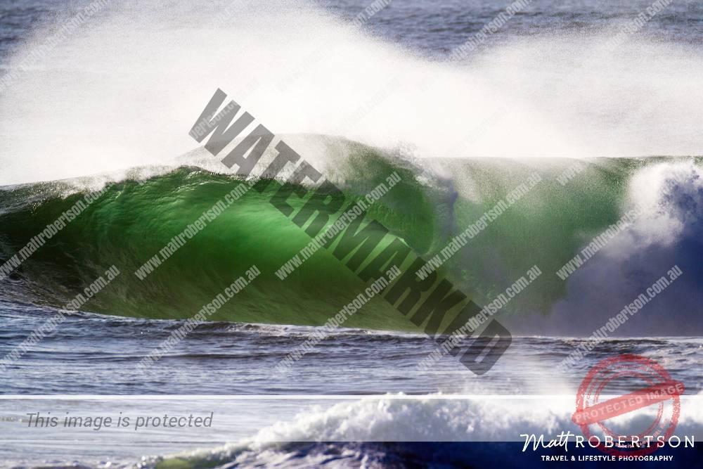 mattrobertson_wavesVONE004