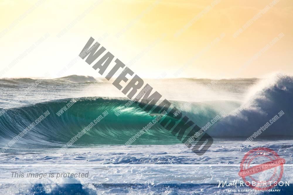 mattrobertson_wavesVONE005