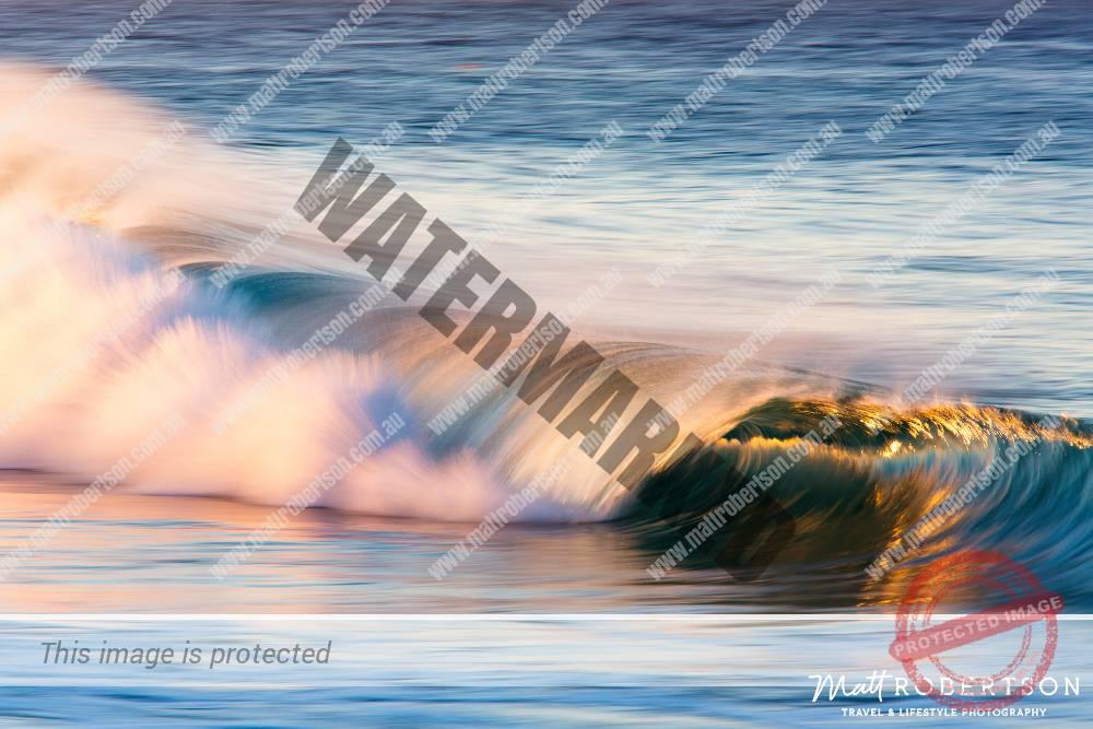 mattrobertson_wavesVONE007