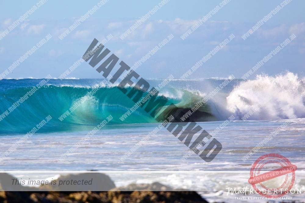 mattrobertson_wavesVONE016
