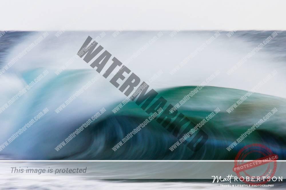 mattrobertson_wavesVONE018