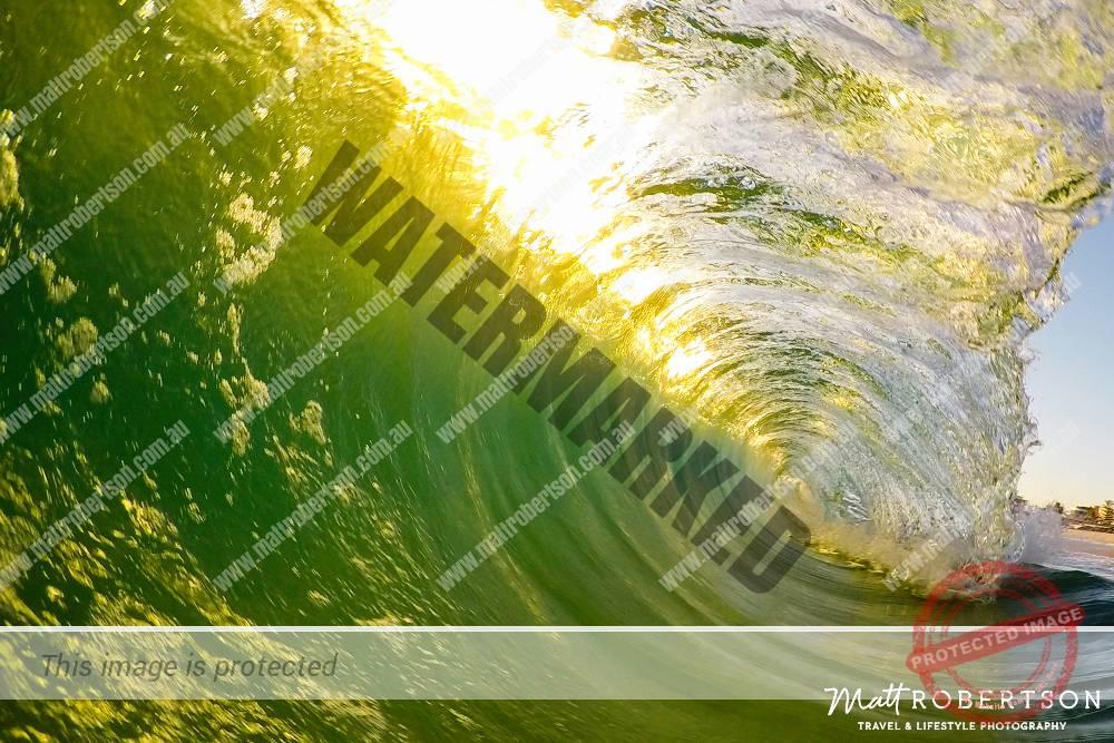 mattrobertson_wavesVONE021
