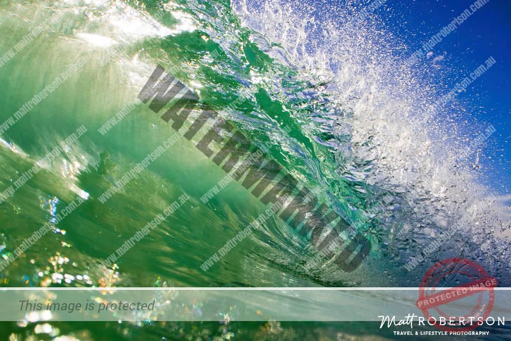 mattrobertson_wavesVONE024
