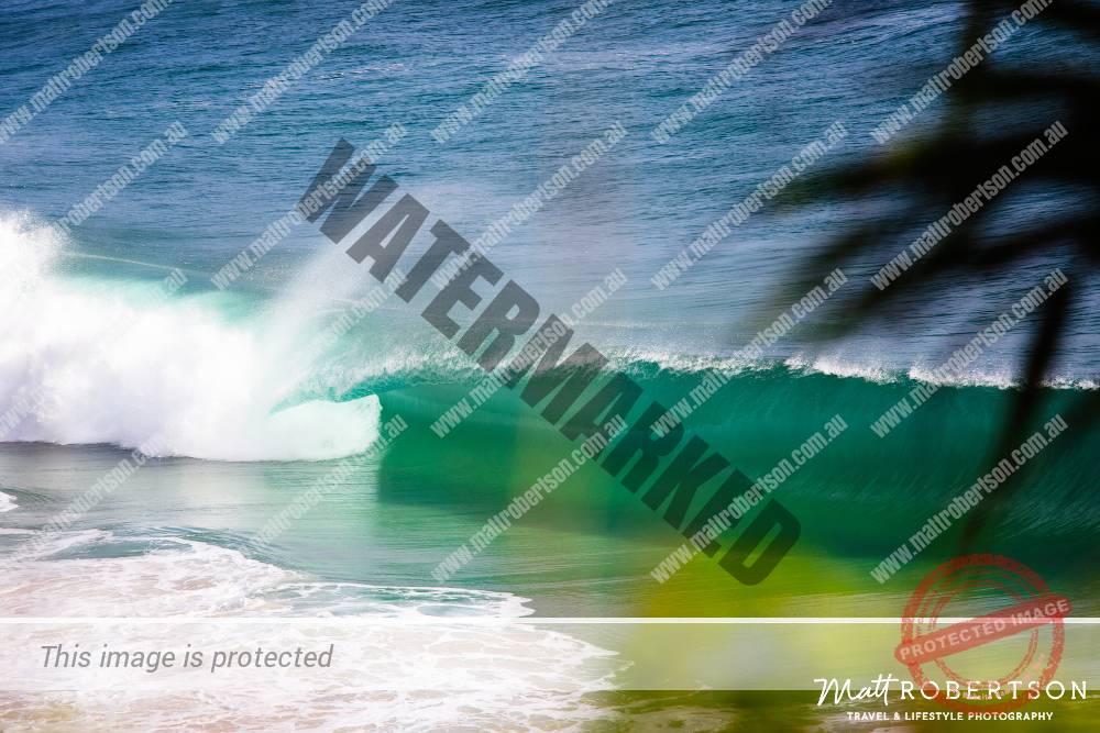 mattrobertson_wavesVONE026