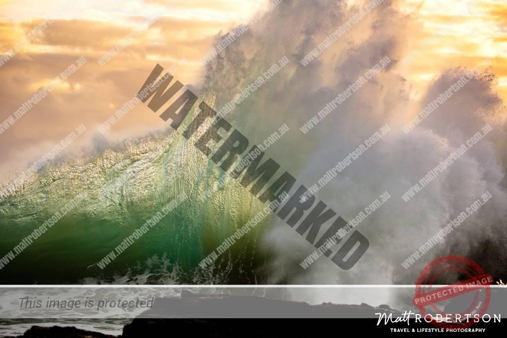mattrobertson_wavesVONE027