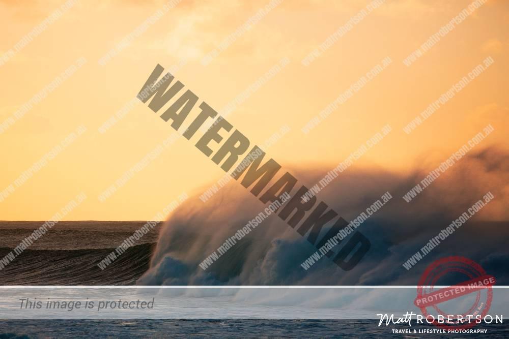mattrobertson_wavesVONE029