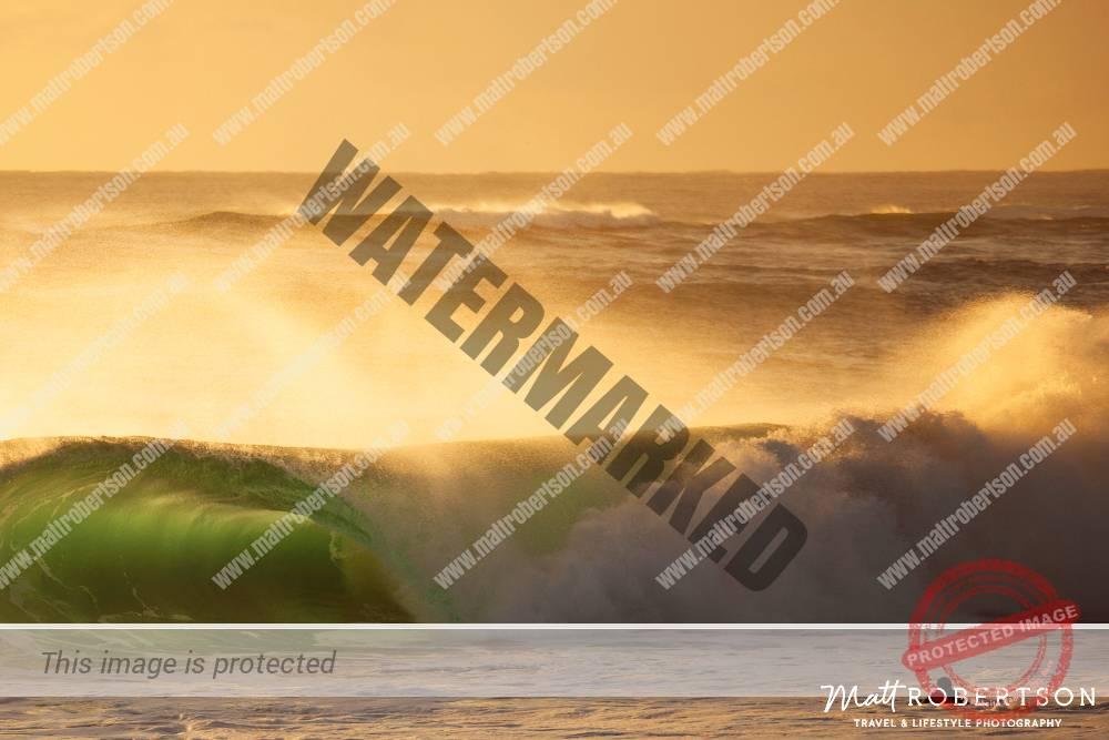 mattrobertson_wavesVONE032