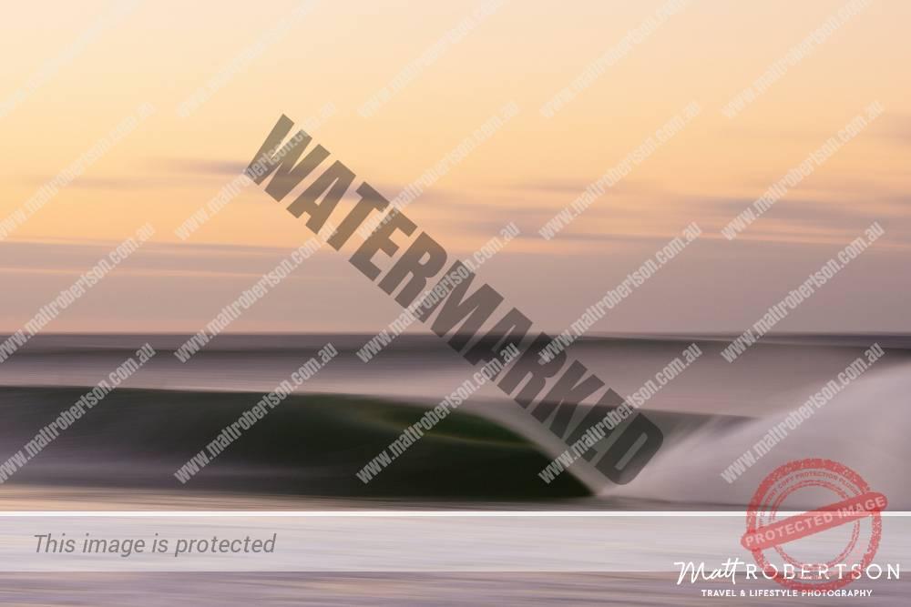 mattrobertson_wavesVONE035