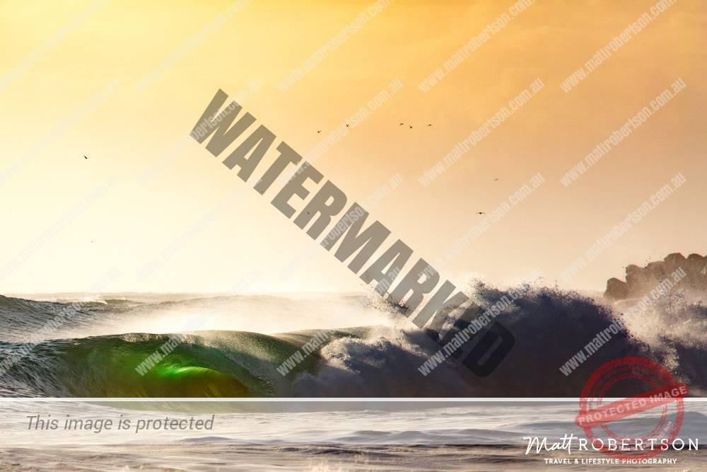 mattrobertson_wavesVONE049